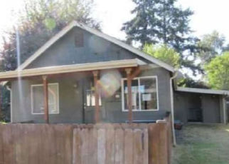 Foreclosed Home in Jefferson 97352 GREENWOOD DR - Property ID: 4288221519