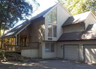 Foreclosed Home in Lake Oswego 97034 TAMAWAY DR - Property ID: 4288255234