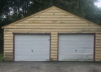 Foreclosed Home in Youngstown 44515 BURKEY RD - Property ID: 4288300351