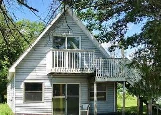 Foreclosed Home in Au Gres 48703 N HURON RD - Property ID: 4288769419