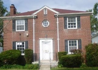 Foreclosed Home in Detroit 48221 MUIRLAND ST - Property ID: 4288799645