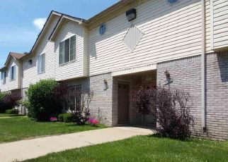 Foreclosed Home in Roseville 48066 SPAGNUOLO LN - Property ID: 4288836432