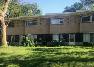Foreclosed Home in Calumet City 60409 WENTWORTH AVE - Property ID: 4289077314