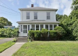 Foreclosed Home in Milford 06461 ORANGE AVE - Property ID: 4289361566