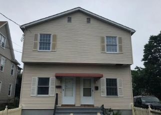 Foreclosed Home in Bridgeport 06610 PRINCE ST - Property ID: 4289366378