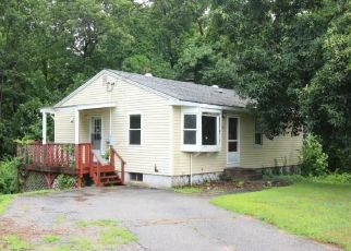 Foreclosed Home in Prospect 06712 GENEST AVE - Property ID: 4289440846