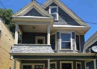 Foreclosed Home in Albany 12208 MYRTLE AVE - Property ID: 4289751356