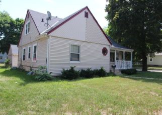 Foreclosed Home in Milwaukee 53218 N 74TH ST - Property ID: 4289869622