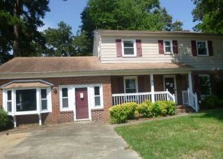 Foreclosed Home in Newport News 23608 MOYER RD - Property ID: 4289939243