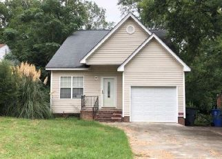 Foreclosed Home in Columbia 29203 COLLETON ST - Property ID: 4290212999