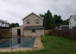 Foreclosed Home in Muncy 17756 CARPENTER ST - Property ID: 4290327291