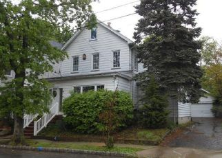 Foreclosed Home in Maplewood 07040 FRANKLIN AVE - Property ID: 4290532712