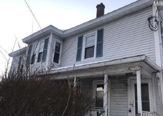 Foreclosed Home in Millbury 01527 MAIN ST - Property ID: 4290540143