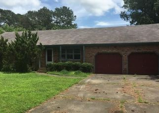 Foreclosed Home in Elizabeth City 27909 FOREST PARK RD - Property ID: 4290690821