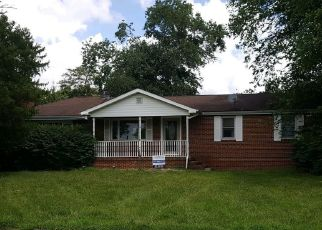 Foreclosed Home in Hainesport 08036 DEACON RD - Property ID: 4290996523