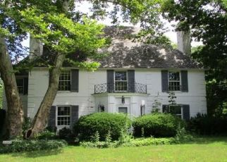 Foreclosed Home in Beachwood 44122 PARNELL RD - Property ID: 4291584724