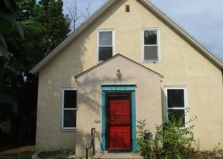 Foreclosed Home in Minneapolis 55407 CHICAGO AVE - Property ID: 4291915836
