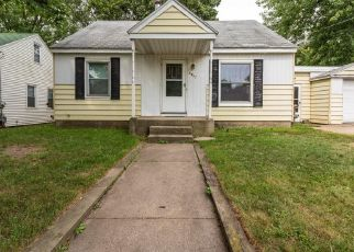 Foreclosed Home in Wyoming 49509 CHISWICK AVE SW - Property ID: 4292028383