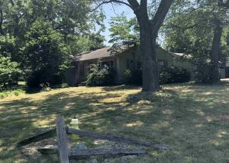 Foreclosed Home in Elkhart 46514 CALUMET AVE - Property ID: 4292255250