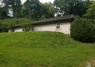 Foreclosed Home in Caseyville 62232 BETHEL MEADOWS RD - Property ID: 4292290289