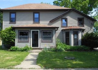 Foreclosed Home in Pecatonica 61063 W 6TH ST - Property ID: 4293068126