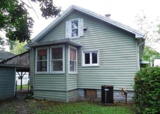Foreclosed Home in Springfield 01104 MELVILLE ST - Property ID: 4293086532