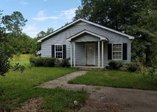 Foreclosed Home in Kingstree 29556 WEE NEE DR - Property ID: 4293273998