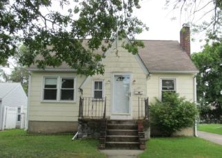 Foreclosed Home in Mount Ephraim 08059 7TH AVE - Property ID: 4293315147