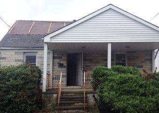 Foreclosed Home in Carteret 07008 POST BLVD - Property ID: 4293325221