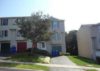 Foreclosed Home in Harrisburg 17111 CHARTWOOD DR - Property ID: 4293383477