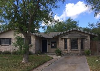 Foreclosed Home in Kingsville 78363 CANDLEWOOD ST - Property ID: 4293498219
