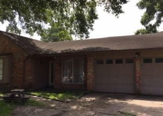 Foreclosed Home in Houston 77015 WHITE CEDAR ST - Property ID: 4293499990
