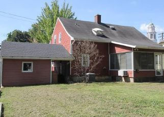 Foreclosed Home in East Haven 06512 TYLER ST - Property ID: 4293815318