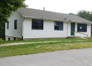 Foreclosed Home in Brownstown 47220 E COUNTY ROAD 25 N - Property ID: 4293839407