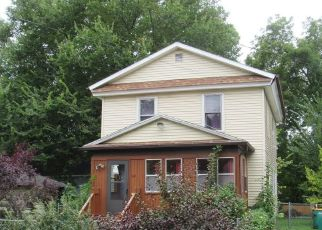 Foreclosed Home in Battle Creek 49014 DOUGLAS ST - Property ID: 4293901608