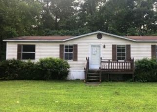 Foreclosed Home in Windsor 23487 MARYLAND AVE - Property ID: 4294793764