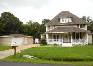 Foreclosed Home in Lynn Haven 32444 KENTUCKY AVE - Property ID: 4294897553