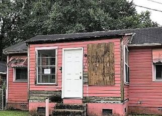 Foreclosed Home in Mobile 36605 SENECA ST - Property ID: 4294912443