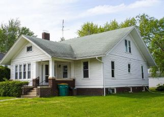 Foreclosed Home in Stronghurst 61480 S ELIZABETH ST - Property ID: 4294951874