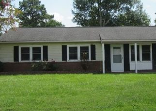 Foreclosed Home in Virginia Beach 23452 FERRY FARM LN - Property ID: 4295295228