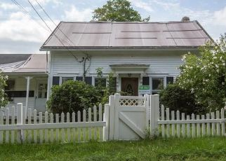 Foreclosed Home in Cranston 02921 LATEN KNIGHT RD - Property ID: 4295326779