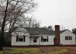 Foreclosed Home in Graham 27253 PREACHER HOLMES RD - Property ID: 4295364430