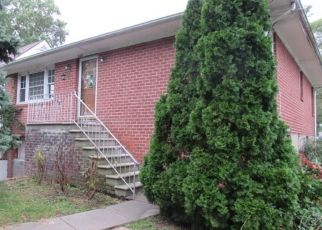 Foreclosed Home in Yonkers 10703 NEPPERHAN AVE - Property ID: 4295386777