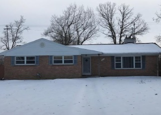 Foreclosed Home in Lansing 48911 S CAMBRIDGE RD - Property ID: 4295428832