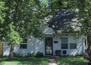 Foreclosed Home in Hammond 46327 GOSTLIN ST - Property ID: 4295450723