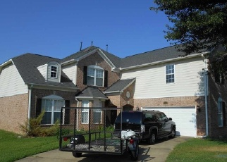 Foreclosed Home in Memphis 38119 COTTON GROVE CT - Property ID: 4295597885