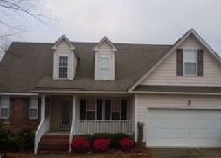 Foreclosed Home in Hope Mills 28348 MIRANDA DR - Property ID: 4295623273