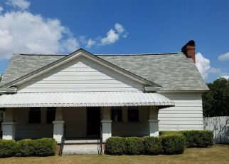 Foreclosed Home in Cayce 29033 NAPLES AVE - Property ID: 4295629858