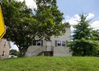 Foreclosed Home in Swedesboro 08085 AUBURN AVE - Property ID: 4295643419