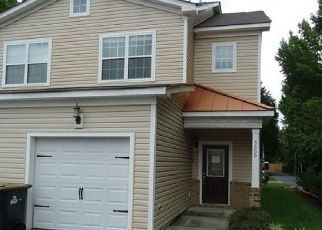 Foreclosed Home in Virginia Beach 23462 MATHIS PL - Property ID: 4295748538